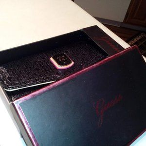 NEW-in-BOX w/tag Guess TriFold Wallet $15